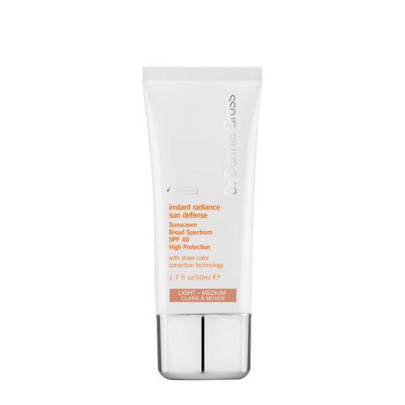 Dr. Dennis Gross Skincare Instant Radiance Sun Defense Broad Spectrum SPF 40 Light - Medium