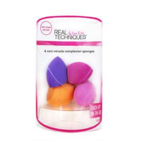 Real Techniques Four Mini Miracle Complexion Sponges