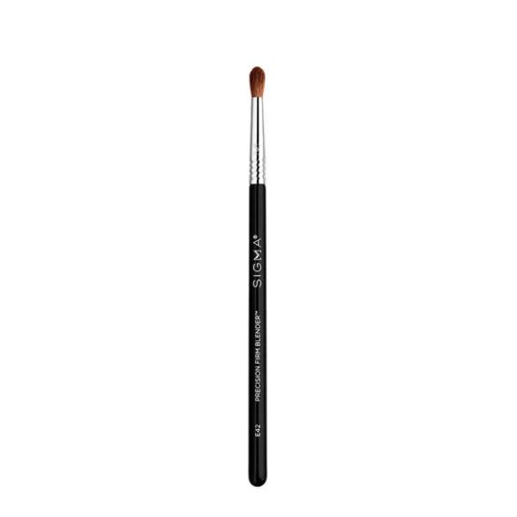 Sigma Beauty E42 Precision Firm Blender Brush
